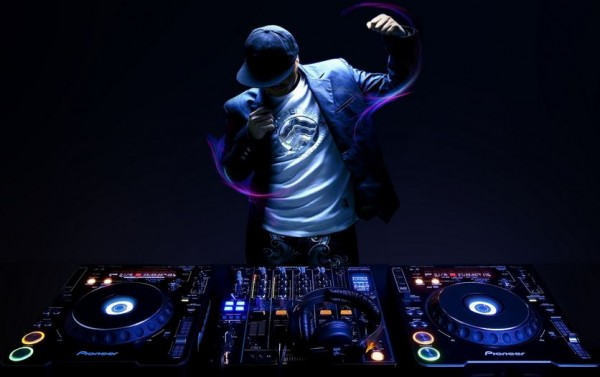 DJ-Songs-e1419147184202